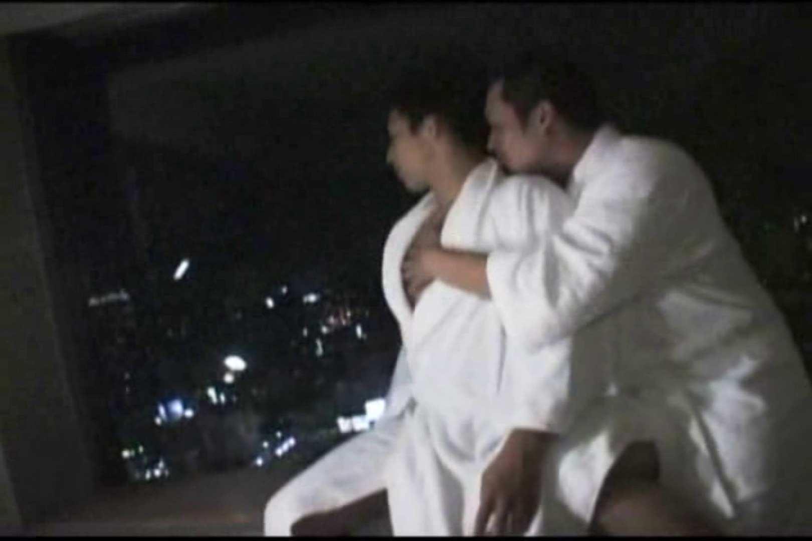 ホテルで密会!!夜景をバックに濃密ファック!! 男達の裸   バック  9枚 1